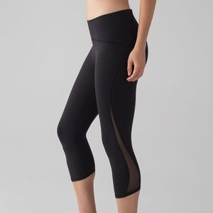 lululemon | train times crop nwt black mesh